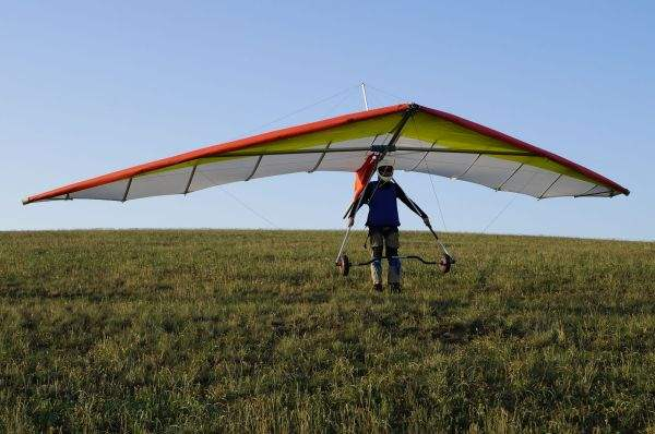 Совершить полет на дельтаплане