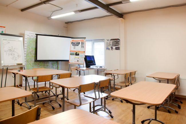 Техническое оснащение летных школ заграницей