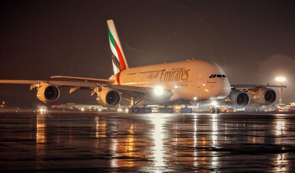 Emirates изучает условия ухода из Домодедово в Шереметьево