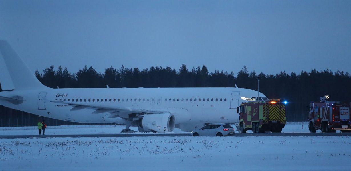A320 латвийской авиакомпании SmartLynx совершил аварийную посадку в аэропорту Таллина