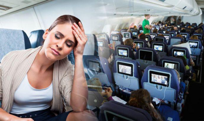 Почему в самолете хочется плакать?