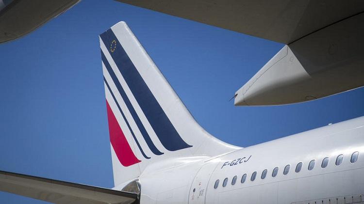 На экологию: за авиабилеты во Франции придется доплатить