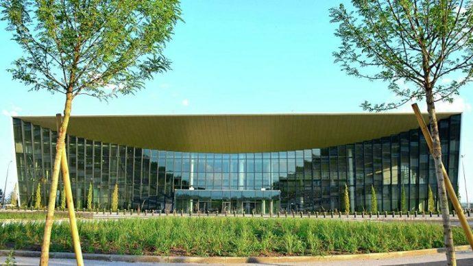Аэропорт «Гагарин»: дорого и только для идеальной погоды