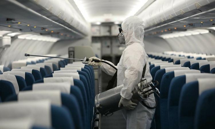 Воздух в самолете убивает коронавирус